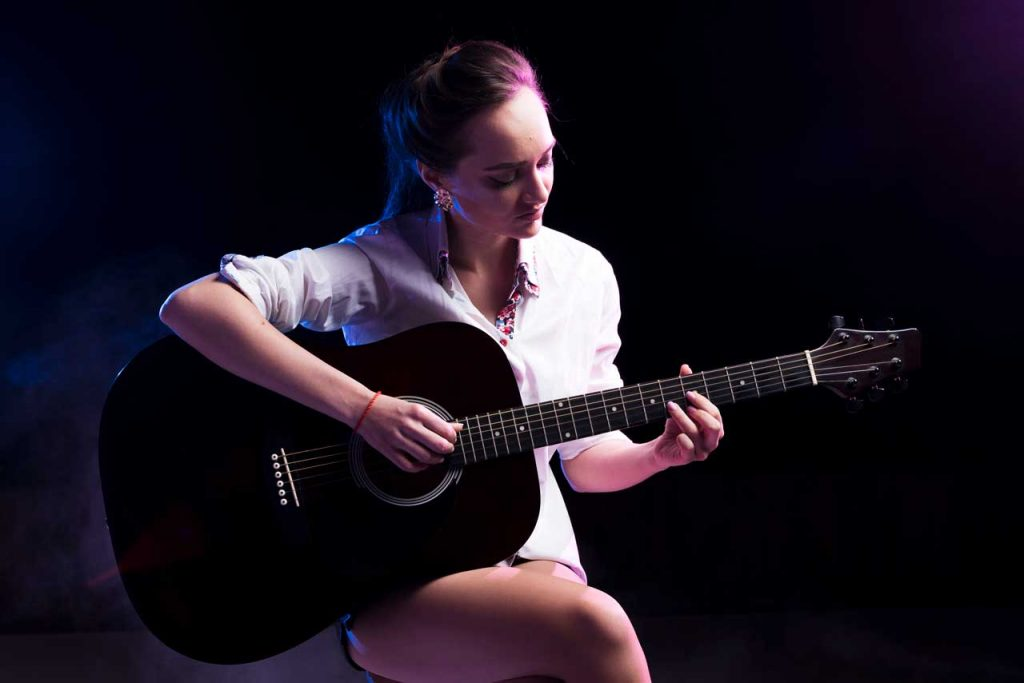 Learn how to do fingerstyle guitar
